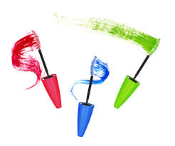 Как носить <b>цветную тушь</b>: секреты визажистов