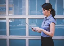 the international entrepreneur balancing internal and external marketing resources global marketing international entrepreneur