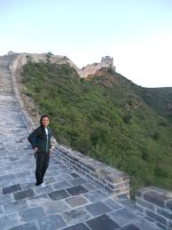 international educator interview doreenda l in qatar teaching sunrise on the great wall after a surprise all night hike