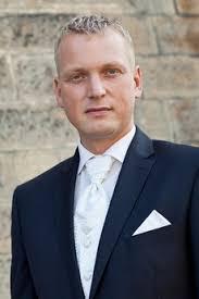Marek Šálek v jiném stavu. Potkal jsem Yettiho. Seznamte se: Martin Hausenblas - martin-hausenblas-4f8eb1ee4882f_230x345