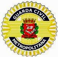 Suspeito é baleado por guarda municipal, durante roubo em Pinheiros, em SP