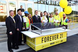 careers forever 21 we are also proud to be a part of san francisco s goal to reach zero waste by 2020 our san francisco stores collect unwanted clothing and shoes in our