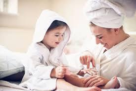 <b>Косметика для мам</b>: обзор 5 лучших средств