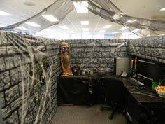 halloween office decorations photo credit halloweenforumcom charming desk decorating ideas work halloween