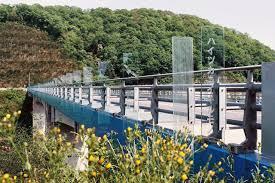 glass bridge hideki yoshimatu archipro architects hiroshi date aarchitect office hideki