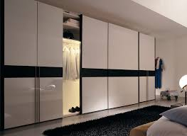 closets bedroom middot mirrored closet doors