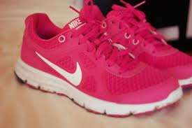 Pink Running Shoes - Page 3 Images?q=tbn:ANd9GcQOuCAMJV70pJ96Wg-DVwt7fv15SXush2ft5NHHP2XyLwaUwaxY