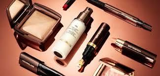 <b>Hourglass</b> | Makeup | Cult Beauty