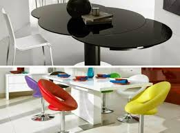 round glass extendable dining table: round extendable dining table in modern interior