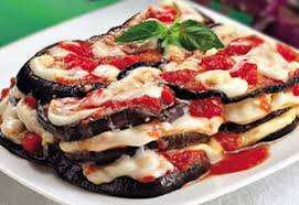 Картинки по запросу Рецепт приготовления запеченных баклажан с сыром моцарелла