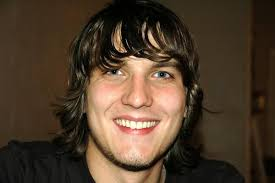 Scott Michael Foster - 600full-scott-michael-foster
