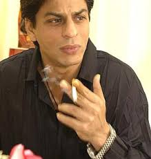 Shah Rukh Khan to Quit Smoking Again ? - shah-rukh-khan-smoking1