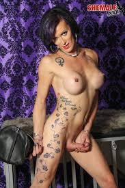 Tgirl Kink Blog Kinky Fetish Shemales COME CHECK OUT MORE KINKY TGIRL RIVER STARK AND HER CAGE ON SHEMALE XXX