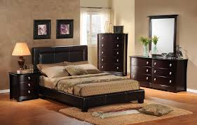 1000 images about dark furniture decor on pinterest brown leather couches leather couches and cherry wood bedroom black furniture what color walls