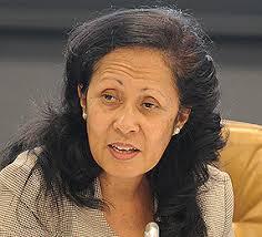 Emilia Pires, Minister of Finance, Timor Leste - DSC_0075_tn