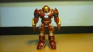 based on what i have read on action figures forums this bootleg hulkbuster has got to be every iron man fans favourite 118 scale bootleg as he is about bootleg iron man 2 starring