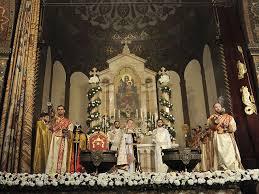 Картинки по запросу Эчмиадзин – центр Армянской Апостольской церкви,