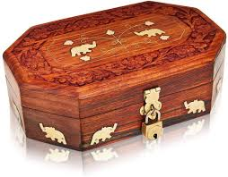 keepsake box <b>Wooden treasure chest</b> trinket box