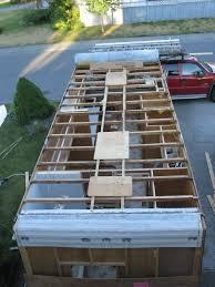 roof repair place: repair trailer roof  repair trailer roof