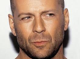 Een leuke foto van Bruce Willis. Maar niet erg herkenbaar dat hij het is. - bruce-willis%252520scruffy