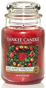 Венок из из красных яблок / <b>Red Apple</b> Wreath