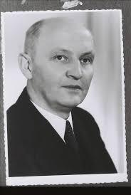 Walter Schmidt als junger Apostel (wohl Ende der 1940er Jahre) - 20140127113647!Walter_Schmidt_1940er_Jahre