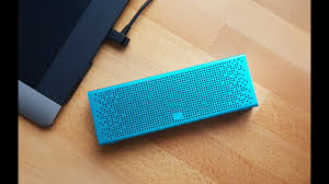 Обзор <b>колонки Xiaomi MI</b> Bluetooth Speaker - YouTube