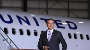 United Airlines CEO Munoz surprises passenger with classy move ...