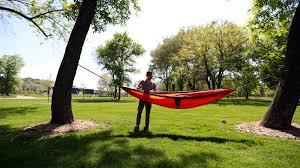 Lightweight, portable <b>hammocks</b> suit <b>lazy summer</b> days