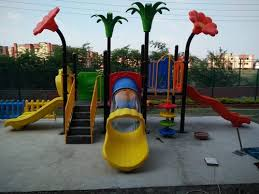 PLAYGROUND EQUIPMENTS - Multiplay Station With Plastic Parts ...