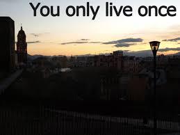 Bạn đang quyết định cuộc đời của chính bạn ngay lúc này.