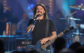<b>Dave Grohl</b> releases '<b>Play</b>', a new 23-minute solo recording and mini ...