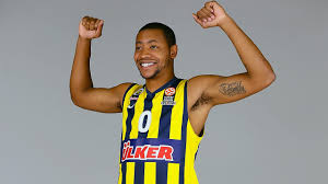 andrew goudelock leads fenerbahce to final four