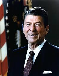 <b>Ronald Reagan</b> 1981 234x300 Les reaganomics ou politiques économiques de <b>...</b> - Ronald-Reagan-1981