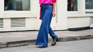 Are <b>Flare</b> Jeans Finally Back In Style For <b>2019</b>? We Finally Think So ...