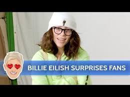 <b>Billie Eilish</b> Surprises Her <b>Fans</b> - YouTube