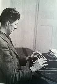 vernon richard s photos of george orwell writing as i please 2896 2897 npg p865 george orwell