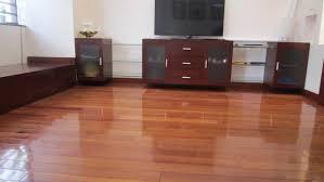 Sàn gỗ Giáng Hương sang trọng cho phòng khách
