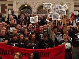 Wash. Teachers Wear '<b>Black Lives Matter</b>' <b>Shirts</b> - YouTube