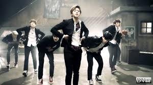 <b>Bangtan Boys</b> (<b>BTS</b>) - Boy in Luv (dance version) DVhd - YouTube
