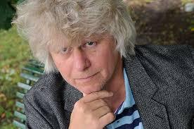 Region Värmlands litteraturstipendium tilldelas Lars Andersson för hans roman De levandes land och Enel Melberg för hennes roman Separator. - lars-andersson