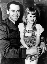 henry fonda his daughter jane fonda in 1943