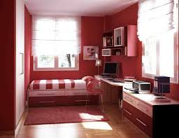 red wall paint black bed:  samples for black white and red bedroom decorating ideas