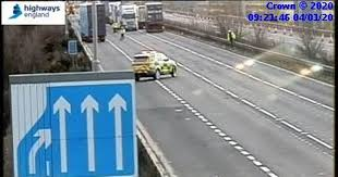 Live <b>M1</b> traffic: One carriageway reopens after serious lorry crash ...