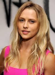 File:Teresa-palmer-hairstyles2.jpg - Teresa-palmer-hairstyles2