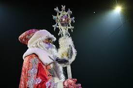 В российском городе <b>Дед Мороз</b> раздал детям снюс вместо ...