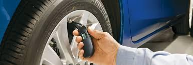 Choosing the <b>Best Tire Pressure</b> Gauge - Consumer Reports