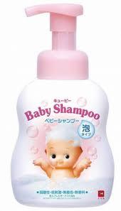 <b>Детский пенящийся шампунь для волос</b> с первых дней жизни ...