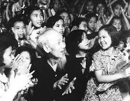 """Résultat de recherche d'images pour """"ai yeu bac ho chi minh hon thieu nien nhi dong"""""""