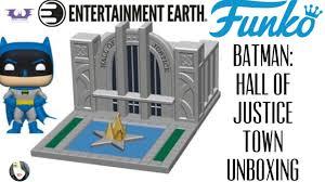 UNBOXING: <b>Funko POP! Town</b> - <b>Batman</b> + Hall of Justice! - YouTube